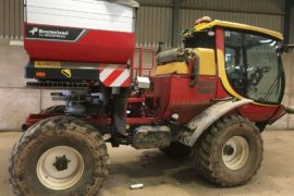 Fitting up a Kvernland Geospread to an Agribuggy 280