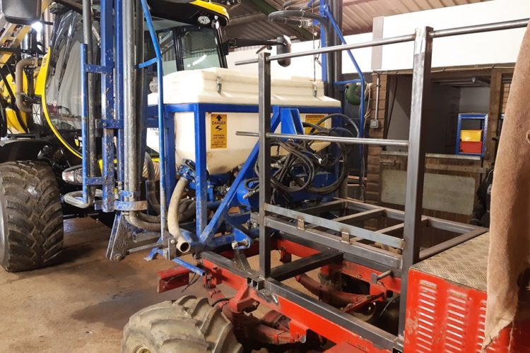 fitting a tractor mounted TMA Applicator onto a Frazier 4D